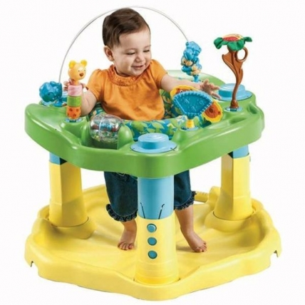 Centru de activitati ExerSaucer Zoo Friends Evenflo Sari si Invata