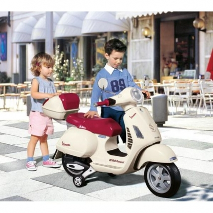 Scooter copil Vespa GT - Peg Perego