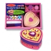 Decorati-va cutiuta Inimioara Melissa and Doug MD 3094